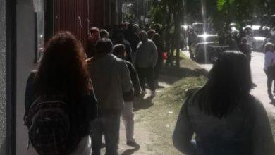 Photo of Nueve cuadras de filas y falta de control